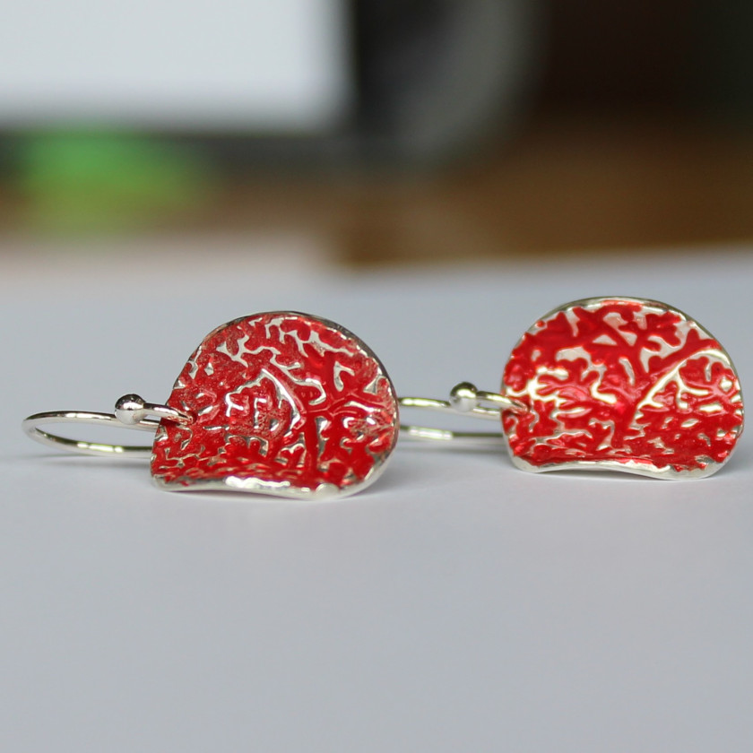 'Bark' – Red current curved round earrings (P1) via @chooicenz