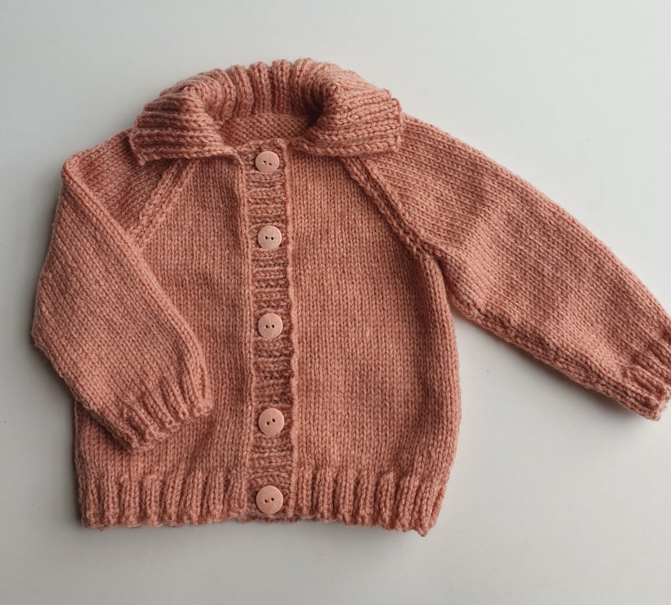 6 Months Hand Knitted Dusty Pink Cardigan via @chooicenz