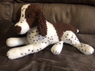Hand knitted dogs via @chooicenz