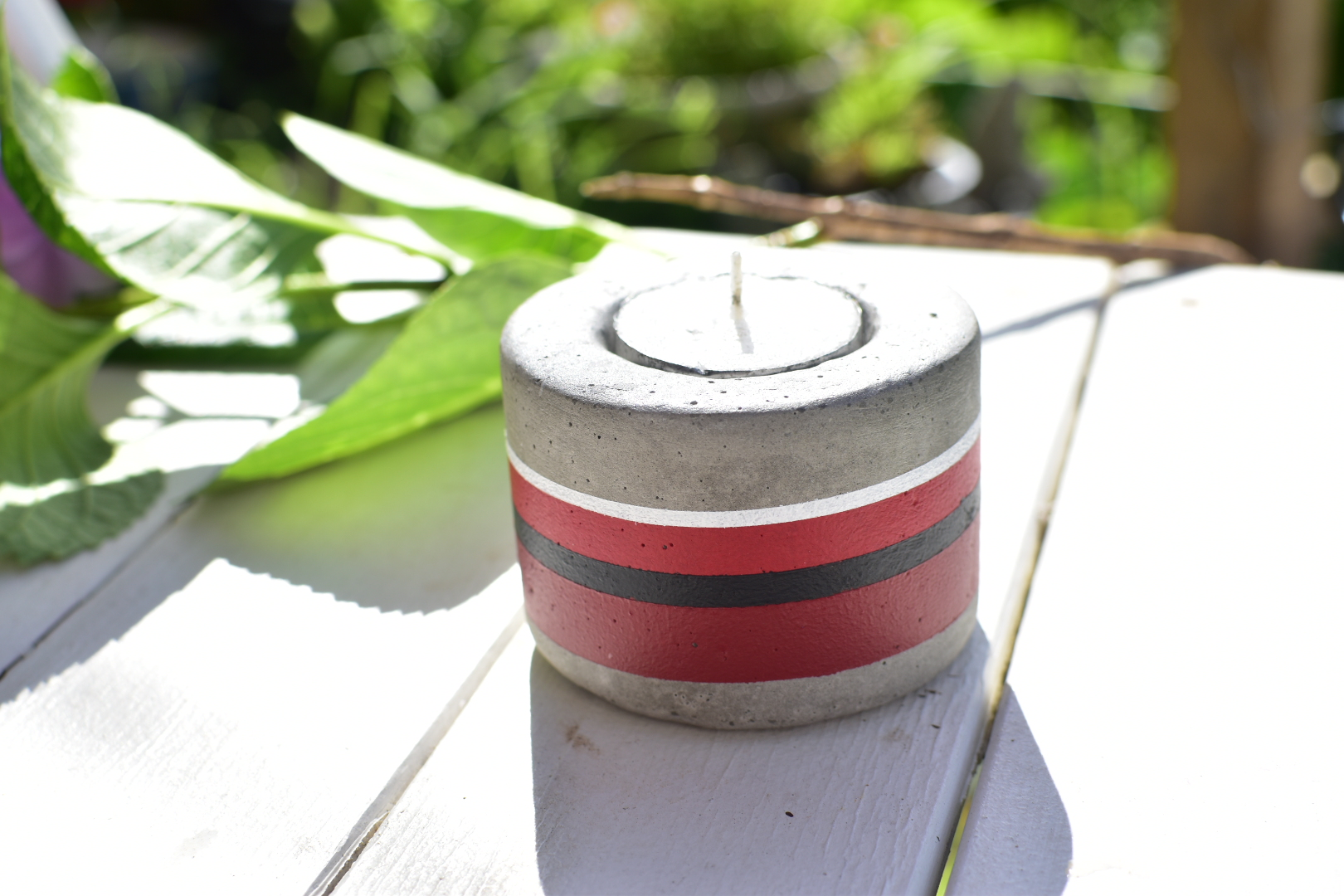 Cement candle holder- Red Stripes via @chooicenz