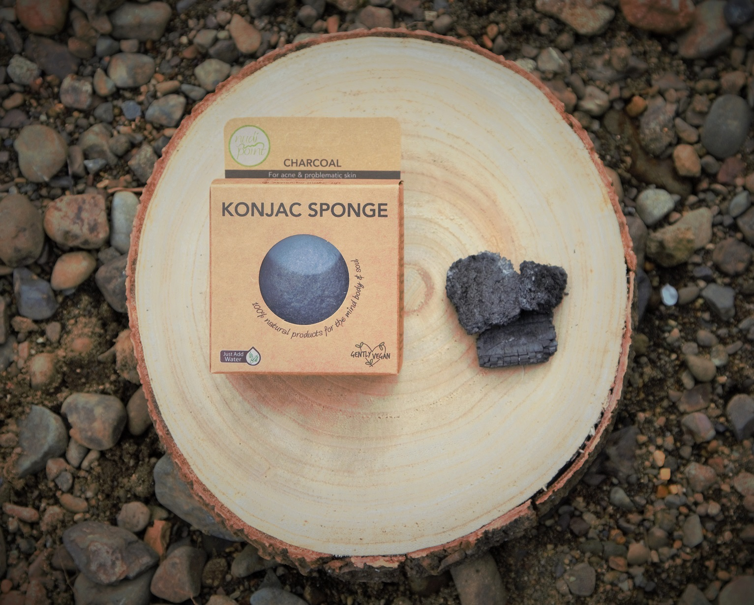 Nudi Point Konjac Sponge (Activated Charcoal for oily or acne prone skin) via @chooicenz