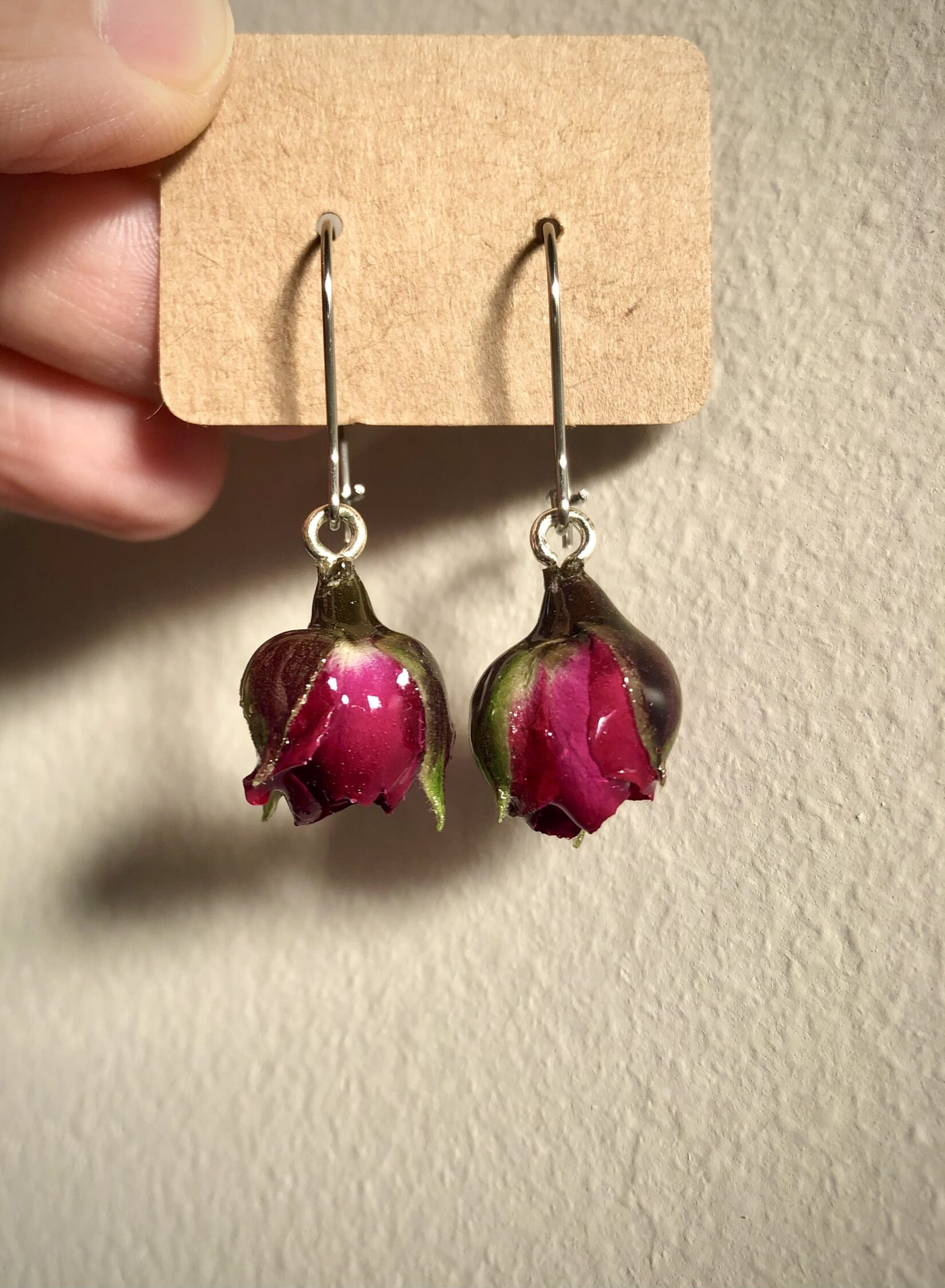 wine colour rose with french hooks via @chooicenz