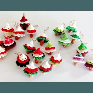 Christmas decorations - embellished and non-embellished trees