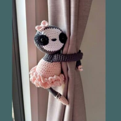 Girl sloth tie back with tutu